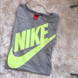 Nike Quarter Sleeve Gray and Yellow Top EUC